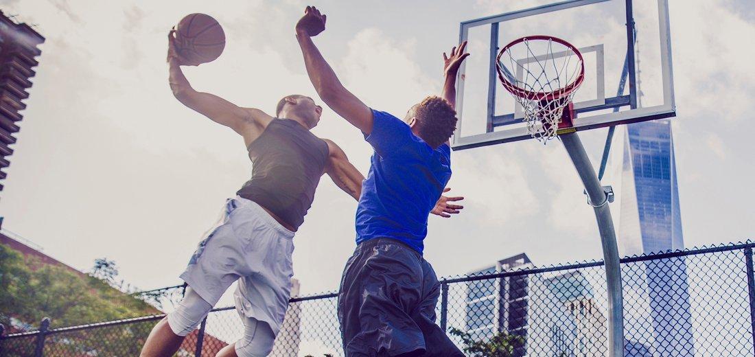 allenamento con pesi per il basket